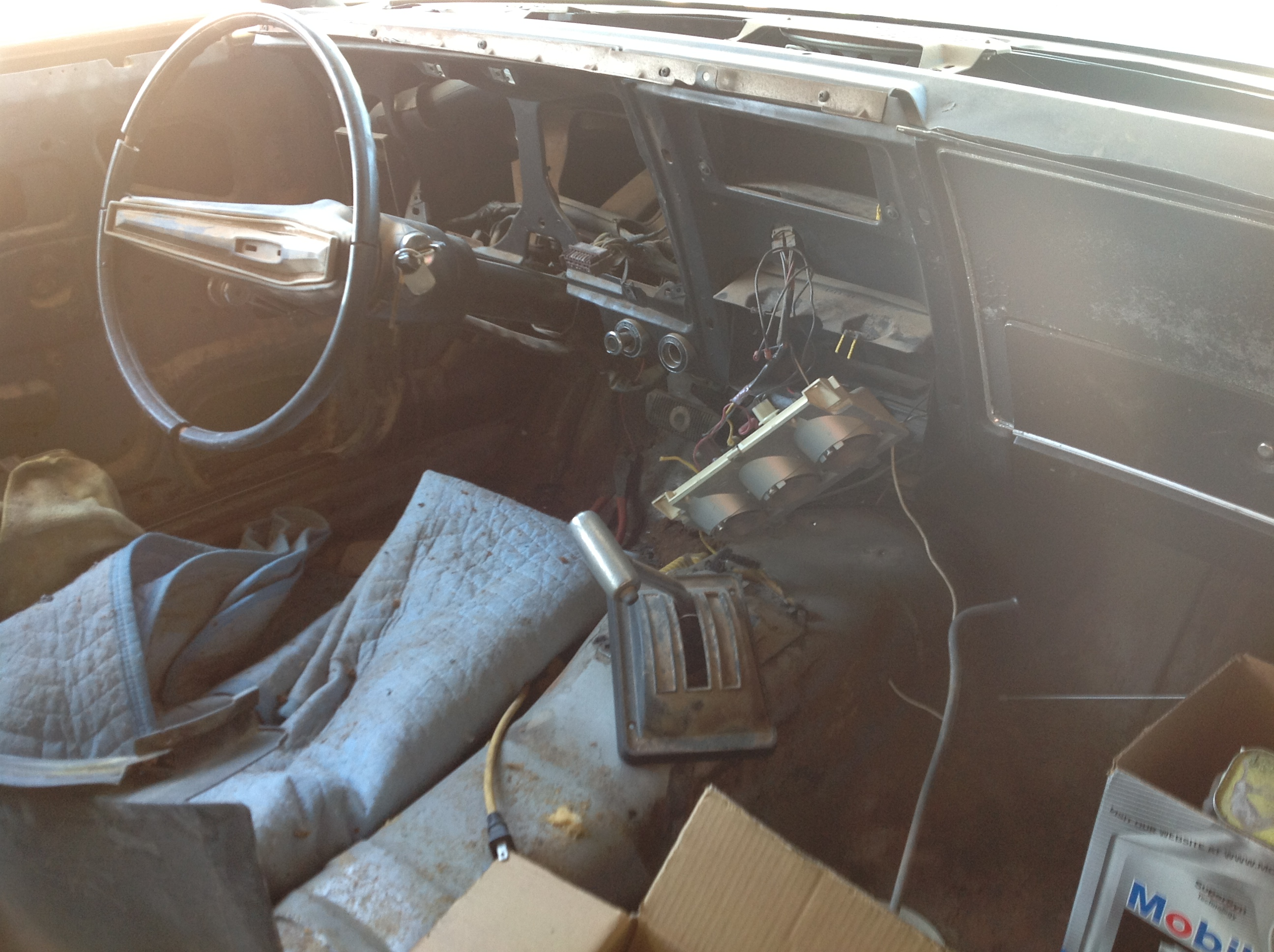 Here is a shot of the interior the day we picked Maxine up. If it is what is inside that counts Maxine was not in good shape